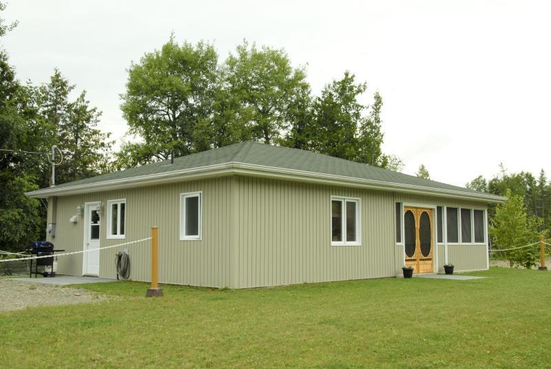 cottage - Luxury cottage( 2 nights minimum) - Grand Falls - rentals