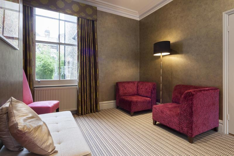 Cupar Road - Image 1 - London - rentals