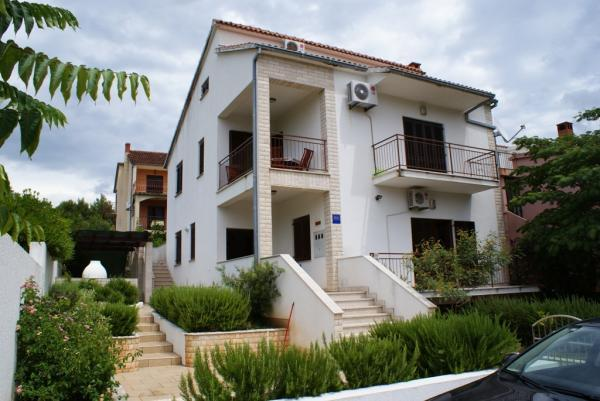 Outdoor - Apartment Mirjana - Stari Grad - rentals