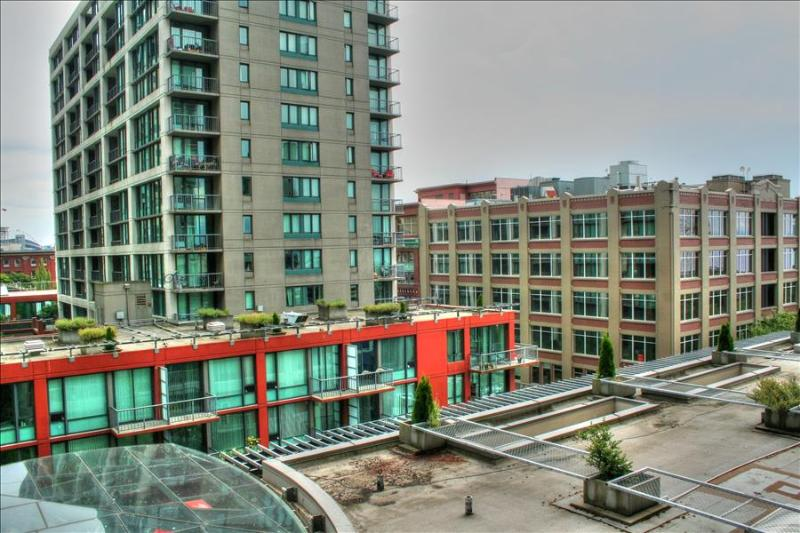StayAlfred@Harbor Steps 2 The BEST Location in Downtown! Pikes, SAM, Waterfront - Image 1 - Seattle - rentals
