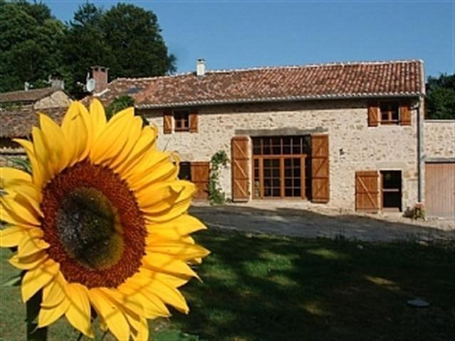 Paul's Barn - Paul's Barn in France - Villechenoux - rentals