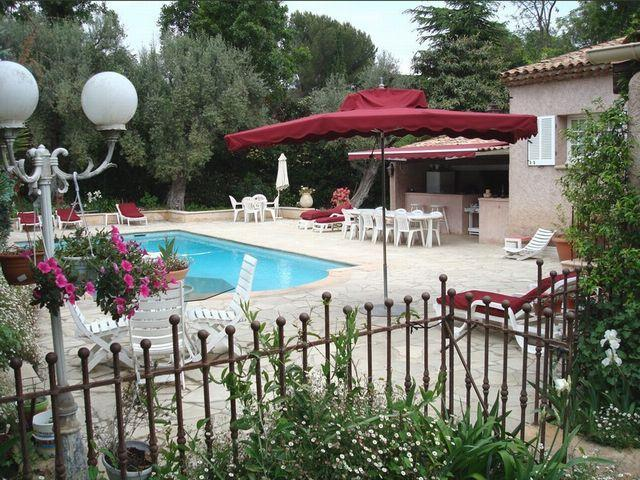 Swimming pool - Lovely B&B, 3 Bedroom Antibes Vacation Rental - Juan-les-Pins - rentals