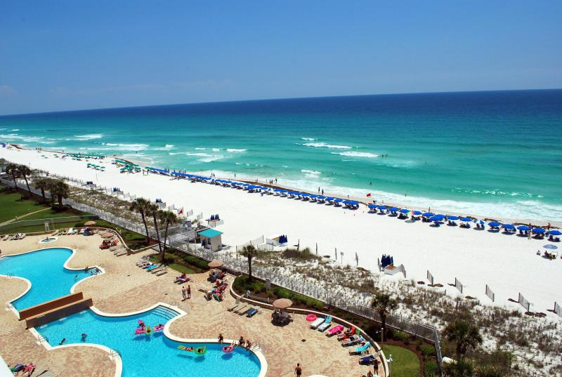 Gorgeous view of the Gulf of Mexico from balcony - Breathtaking views. Silver Beach Towers - Destin - rentals