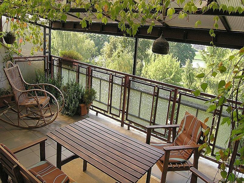 Green, spcious terrace overlooking Vistula river - 2bdr Kazimierz Apart-great terrace with river view - Krakow - rentals
