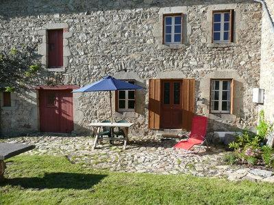 Farmhouse Gîte - Image 1 - Chamalieres - rentals