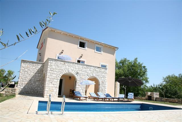 Villa Borgonja, self service house, private pool - Image 1 - Motovun - rentals