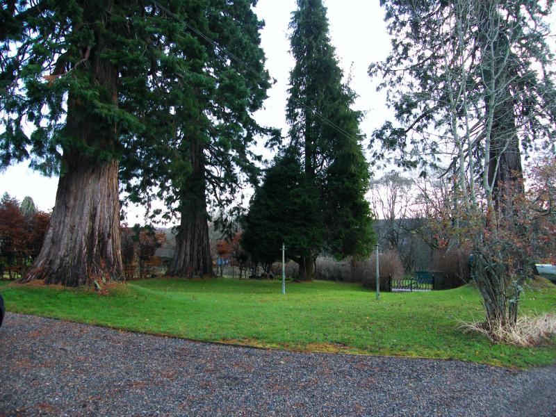 Kilmichael House Front Garden - KILMICHAEL HOUSE B&B DRUMNADROCHIT NEAR LOCH NESS - Drumnadrochit - rentals