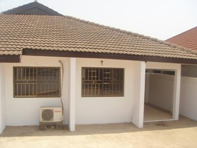 2bed rooms apartment at flower pot to let - Image 1 - Accra - rentals