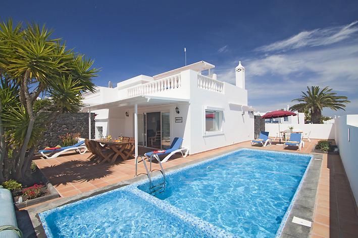 Villa Seajay - Image 1 - Puerto Del Carmen - rentals
