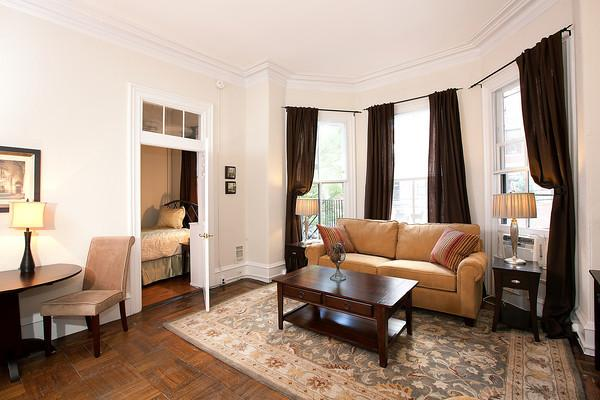 Back Bay - Marlborough #3 - 1 bedroom, 1 bathroom, sleeps 2-4 in beds - Image 1 - Boston - rentals