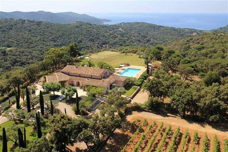 Villa Levant, Luxury Rental with Great Views, Pool, and Private Tennis Court - Image 1 - Saint-Tropez - rentals