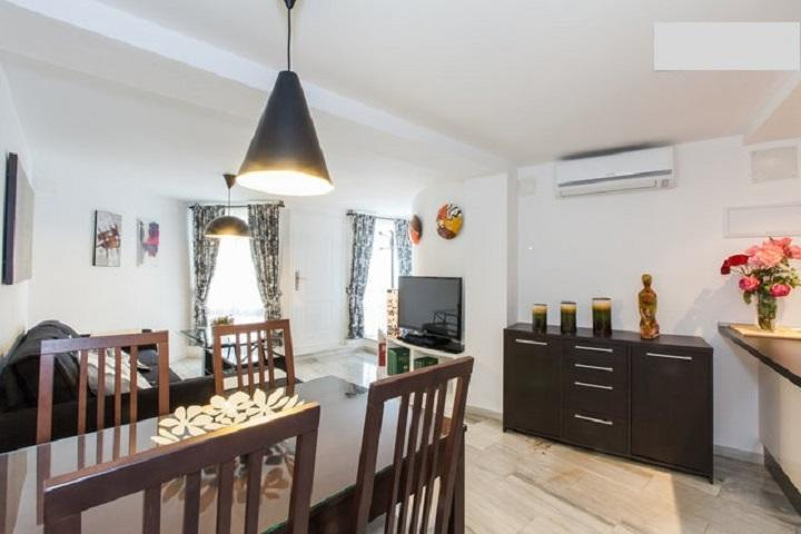 Living room spacious and bright - CENTER SEVILLA (Wi-Fi). Cathedral 3 min. - Seville - rentals