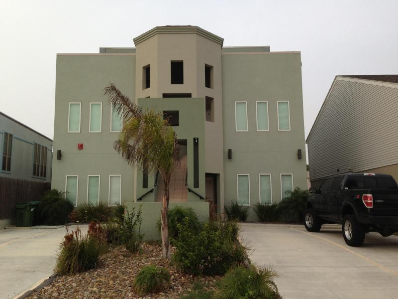 Beautiful Beach Side Condo-Unit 4 - Image 1 - Port Isabel - rentals