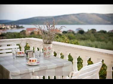 Zapadni ( 2 ): terrace - 6003 Zapadni ( 2 ) - Seget Vranjica - Seget Vranjica - rentals