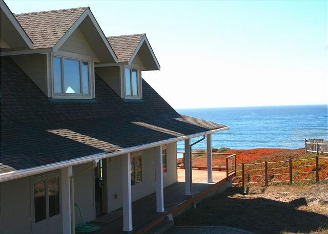 """Tide Pool""Best In Dillon!! 3 MIN WALK TO BEACH! Hot Tub/Pool Table/PingPong - Image 1 - Dillon Beach - rentals"