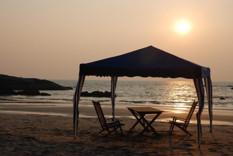 preparing for dinner - Kannur beach flower beach house - Kannur - rentals