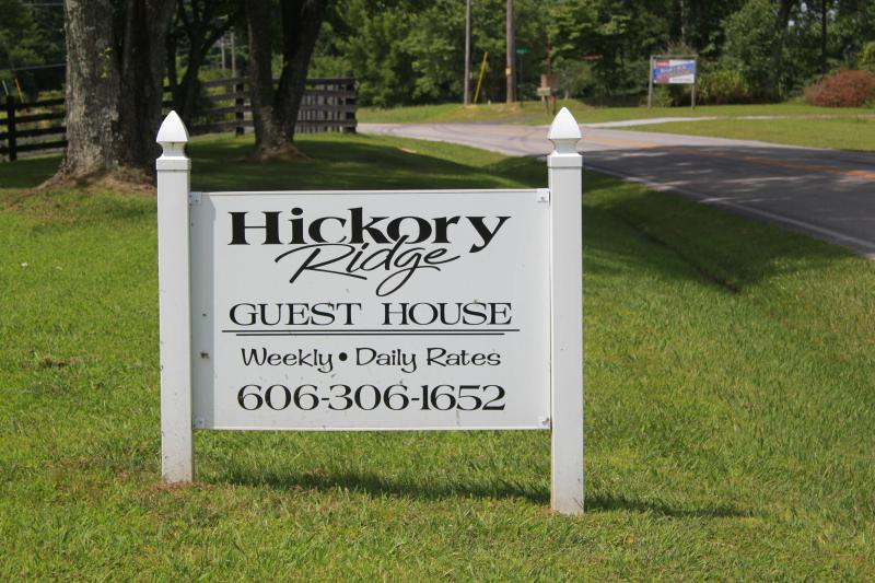 Sign out front - Hickory Ridge Guest House - Albany - rentals