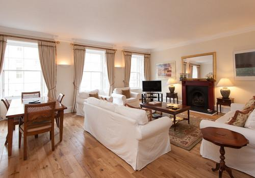Edinburgh SC (Self Catering) Ltd Parliament Sq 5 lounge - Parliament Sq 5, Royal Mile, 300 metres from Edinb - Edinburgh - rentals