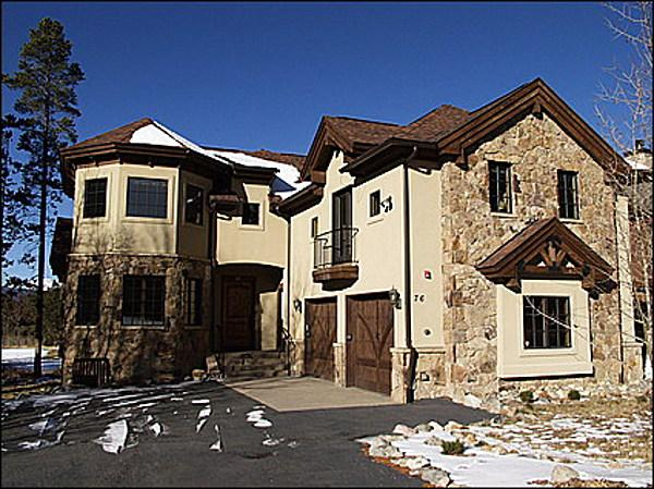 Located on a Golf Course - Less Than 5 Minutes to the Slopes - Located on the Golf Course (8295) - Frisco - rentals