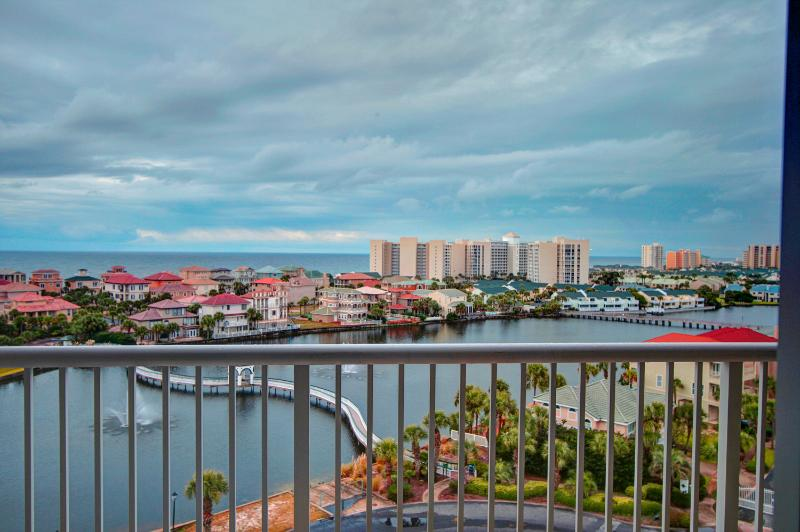 Pelican Beach Terrace 805 - Book Online! 2BR/2BA 8th Floor! Gulf Views in Heart of Destin! - Image 1 - Destin - rentals