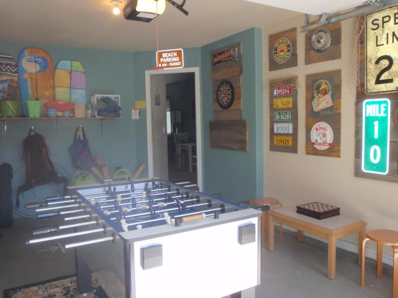 Foosball, darts, and more! - The Scallywag Beach House, Minutes to Beach - Rockaway Beach - rentals