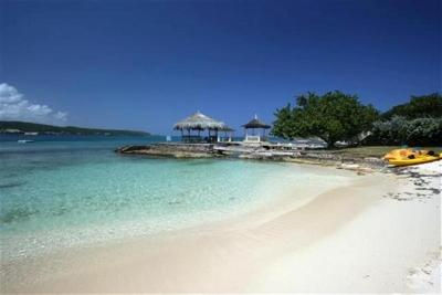 Sugary White Sand - Lovely Cottage on Beautiful White Sand Beach! - Discovery Bay - rentals