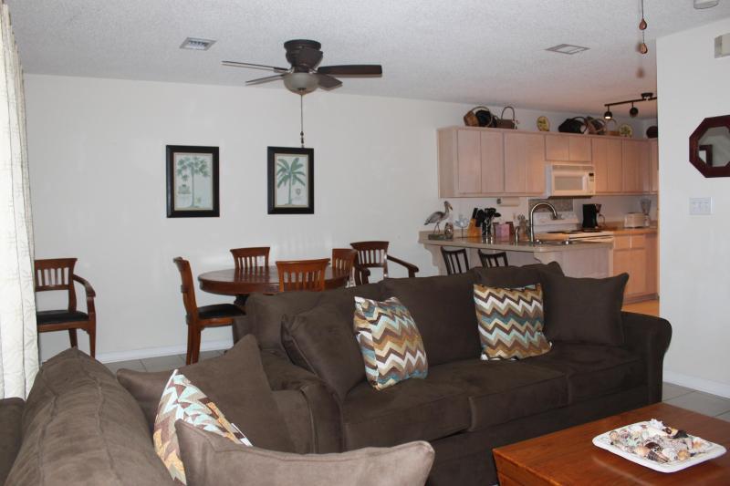 Living Room - Rollin Tide Villas - Santa Rosa Beach - rentals