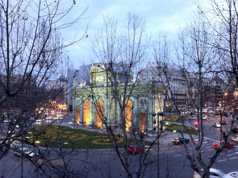 view from rightest balcony - PUERTA ALCALA, RETIRO 5200 sq ft - Madrid - rentals