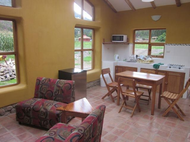 liig room dining kitchen area - Bungalows at Paz y Luz Retreat Center - Cusco - rentals