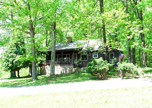 Cottage full of warmth and character, surrounded by lush mountain forest! - Image 1 - Farmington - rentals