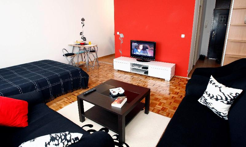 Beautiful studio apartment for rent - Image 1 - Sarajevo - rentals