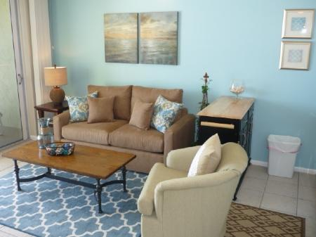 Living Room & Kitchen - WOW...fabalous Gulf views of the beach and sunset!  Nice updated unit with casual decor - Marco Island - rentals