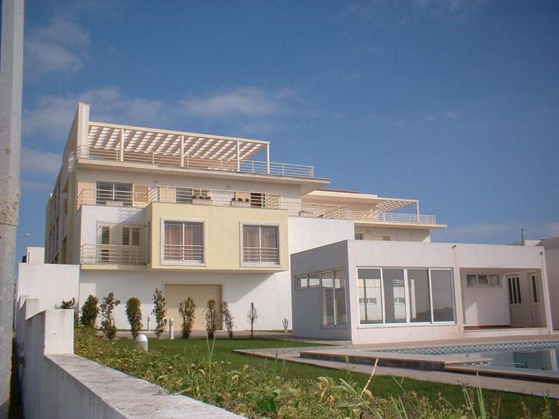 3 Bedroom apartment Sesimbra near Lisbon Portugal - Image 1 - Portugal - rentals