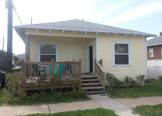 Gull Cottage - Beachview, Wi-Fi, Fresh - Tiki Island - rentals
