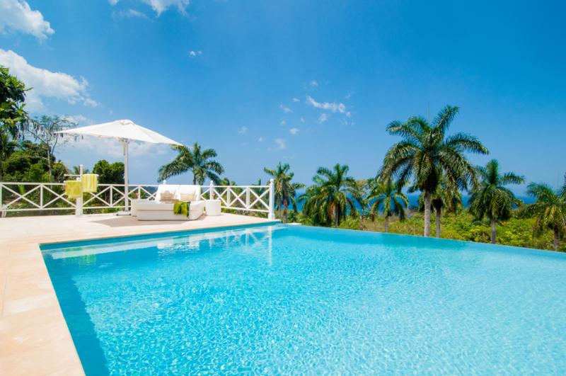 ALLAMANDA is a brilliant contemporary private villa with large heated pool and nearby memberships at Round Hill and the Tryall Golf, Tennis  - Allamanda - Montego Bay - rentals