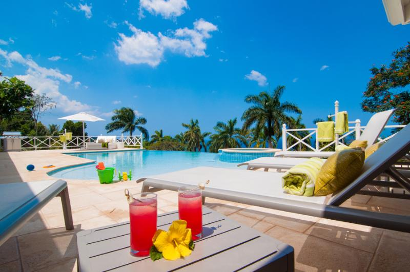 Allamanda - Ideal for Couples and Families, Beautiful Pool and Beach - Image 1 - Montego Bay - rentals