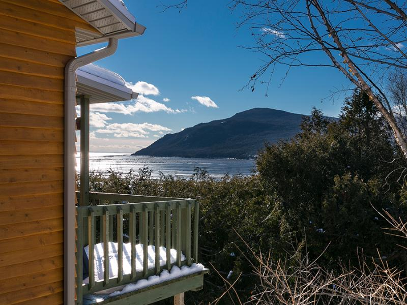 Chalet Bruant - breathtaking view on the bay - Image 1 - Baie-St-Paul - rentals