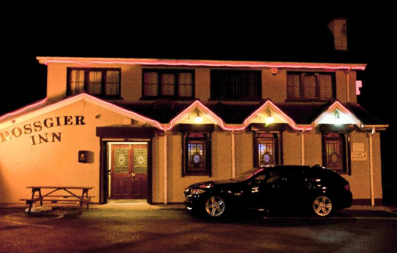 The Rossgier Inn external view Mar 2013 - Rossgier Inn - Lifford - rentals