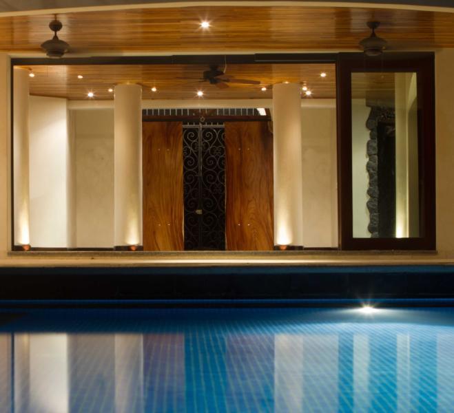 pool through to front entry - Villa Esperanza - Luxury Beach front Home w/ pool - Playa Negra - rentals