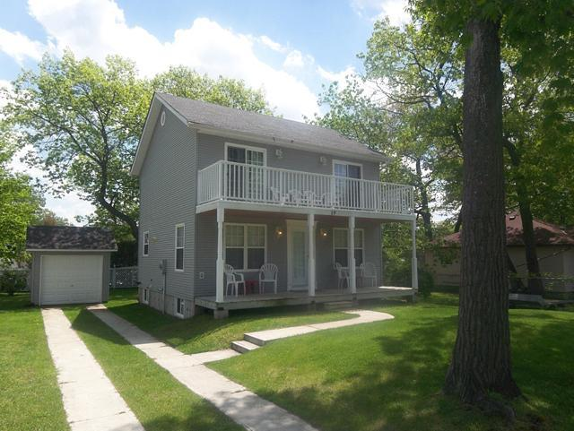 Front of house - Shabby Chic in Wasaga - Wasaga Beach - rentals