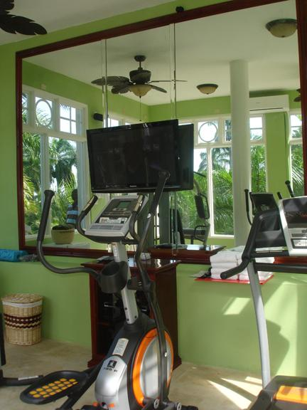 6 Bedroom Villa with Panoramic View of Golf Course & Ocean in Montego Bay - Image 1 - Montego Bay - rentals