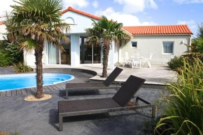Acacia With Private Pool - Image 1 - Chateau-d'Olonne - rentals