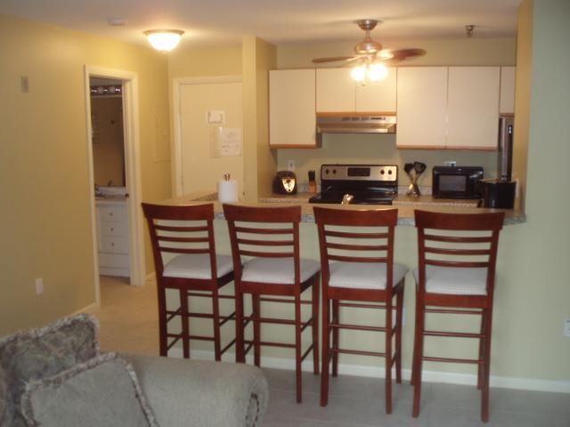 Full size Kitchen - Paugus Bay Beautiful Studio unit sleeps up to four - Gilford - rentals