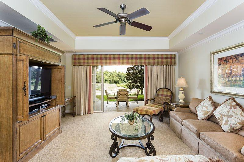 Living area with large 50 tv and Playstation 3 - Centre Court Retreat, 3 Bed Luxury Condo Central Location in Reunion - Reunion - rentals