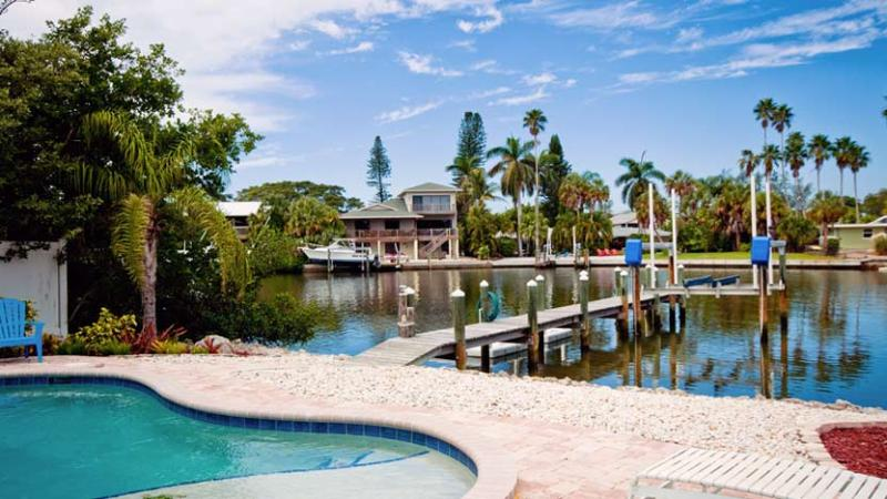 Your Own Private Dock - Starfish Dreams: 2BR Canal Home w/Dock and Pool - Anna Maria - rentals
