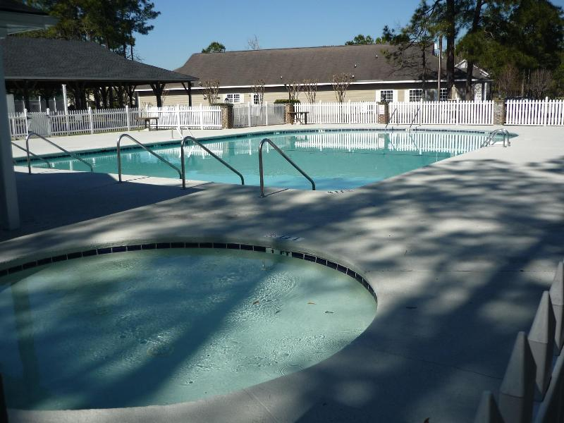 swimming pool open 21 march until end september - Great Myrtle Beach 2 Bed condo walk & play golf - Myrtle Beach - rentals