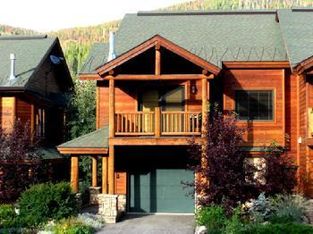Slopeside 200 - Summertime - Slopeside 200: 3-bedroom base area ski condo - Winter Park - rentals