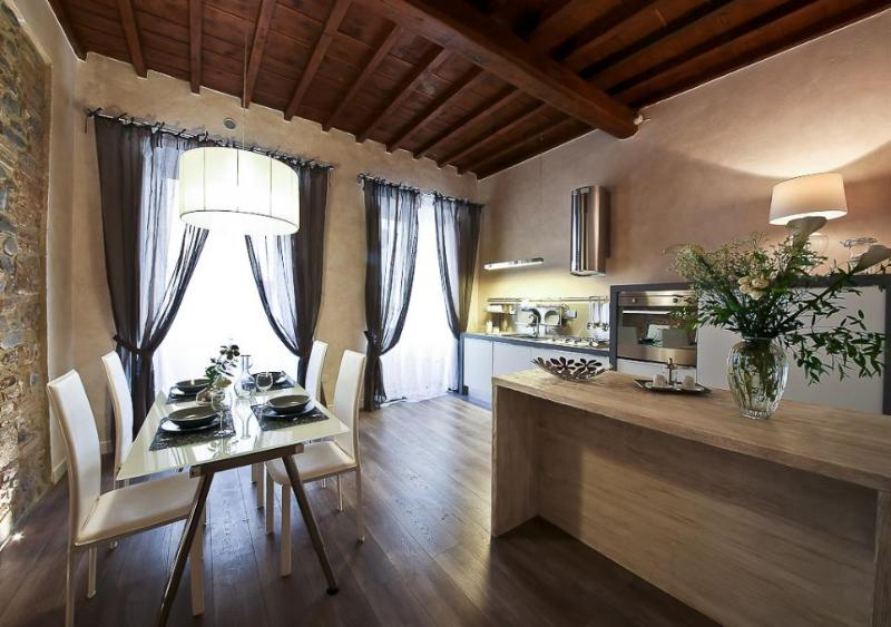 Florentine Chic One Bedroom Apartment in Florence - Image 1 - Florence - rentals