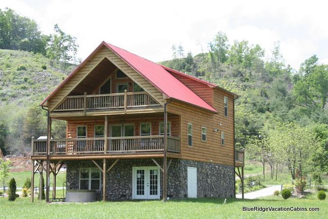 RIVERFRONT Cabin*Fireplace*Hot Tub*Gameroom*Paved - Image 1 - Todd - rentals