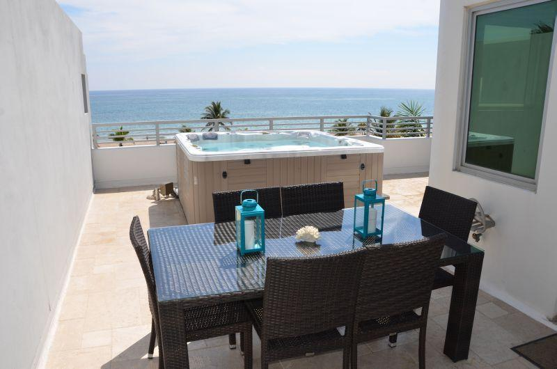 Spectacular Rooftop Terrace Offers Unobstructed Direct Ocean Views + Spa, Dining & Lounge Chairs... - Luxury Masterpiece Direct Ocean Views w/Spa & Pool - Pompano Beach - rentals